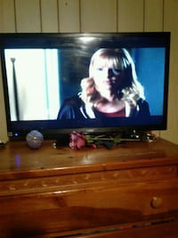 27 in Haier TV with remote moving my cell immediat Hagerstown, 21740