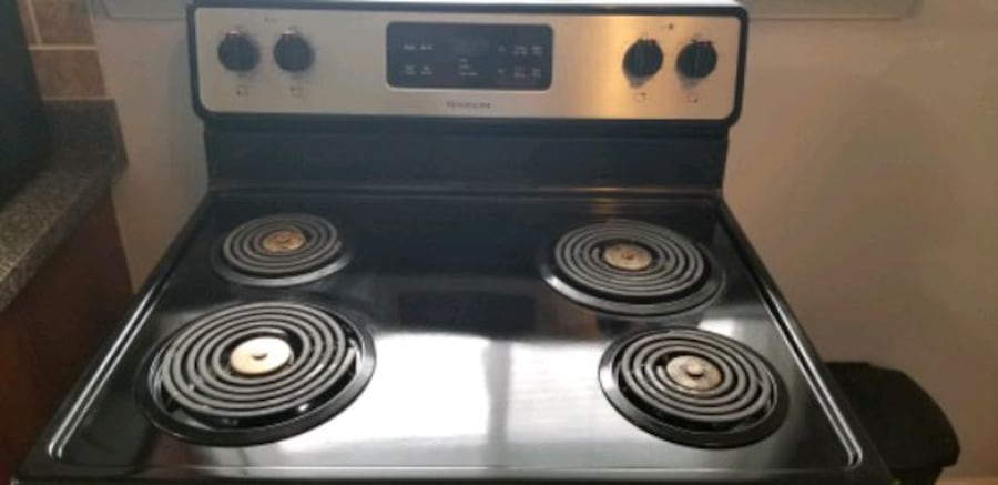 "Frigidaire 30"" Stainless Steel Electric coil Burner range Stove.  3"