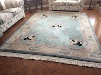 white and blue floral area rug