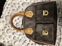 black and brown leather crossbody bag Vancouver, V5P 2P7
