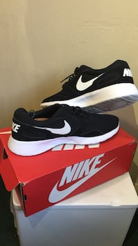 Nike shoes size 12 Corona, 92882