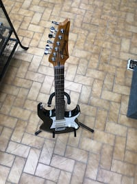 black and brown electric guitar Longueuil, J4K 3T6