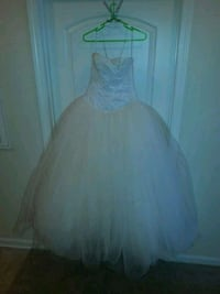 Vera Wang Wedding Dress  Tampa, 33609