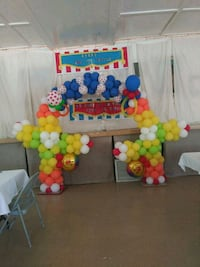 Circus balloon decoration