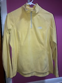 Yellow The North Face fleece  Middleburg Heights, 44130