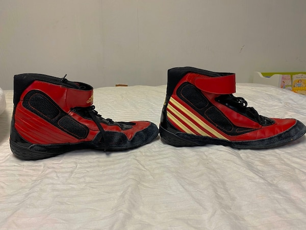 Adidas men's Wrestling or boxing shoe 11.5 44637a4d-be6b-48c7-a8cc-08ae533dc4e7