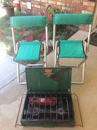 Vintage Coleman gas stove and 2 chairs  Colleyville, 76034