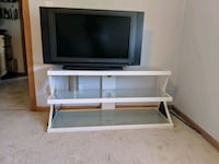 TV Stand  Lincoln, 68516