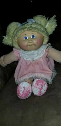 baby doll in pink and white dress Kankakee, 60901