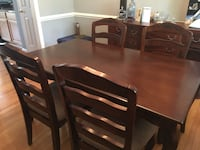 Five piece dining table set Woodbridge, 22191