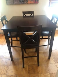 High top table and 4 chairs Arlington, 22207