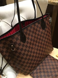 Louis Vuitton bag  Mississauga, L5W 1P3