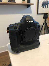 Canon 1Dx Mark ii (20.2Mp) - Like New Lake Oswego, 97034