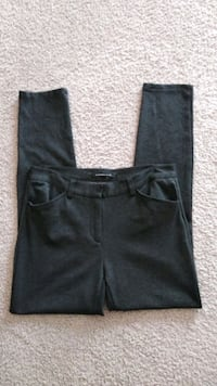 Beautiful Andrew Marc Pants , size 8