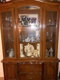 brown wooden framed glass display cabinet Detroit, 48226