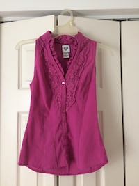Blouse size x-small  Jessup, 20794