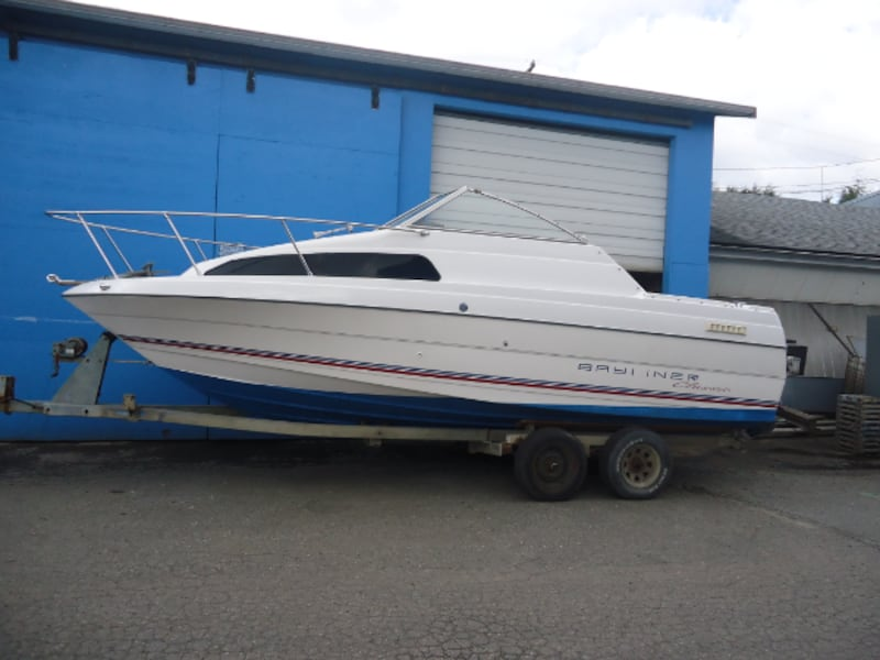 1993 Bayliner 2252 Classic - Reduced 0