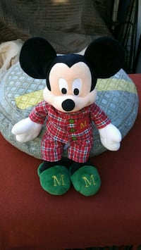 Disney store 17in. Mickey Mouse stuffed animal. Oakland, 94619
