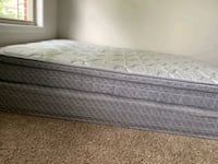 Queen size mattresses with box