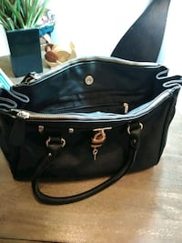 black leather 2-way bag Silver Spring, 20902