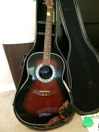Celebrity by Ovation acoustic guitar with case Casselberry, 32707