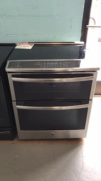 GE slide in electric double oven stove  Reisterstown, 21136