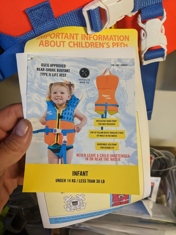 Baby infant small toddler life vest  422ed2f6-318a-4429-9c53-91566dee0203