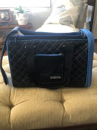 Sherpa Soft Dog Carrier . Measures 16x11.5 inches Alexandria