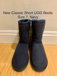 New Classic Short UGG Boots. Size 7. Navy Los Angeles, 90025