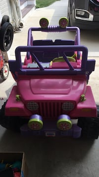 purple and pink ride on toy car Bethesda, 20816