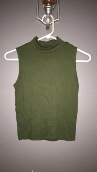 olive green sleeveless turtle neck size medium Morristown, 37814