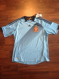 Adidas Spain soccer jersey. New with tags. Was 99.99 plus tax size XL Toronto, M2K 0B3