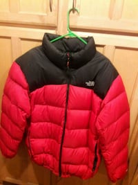 red and black The North Face bubble jacket Leesburg, 20175