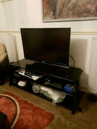 "46"" sharp tv with tv stand Mississauga, L4Z"