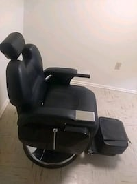 black leather professional barber chair  Hagerstown, 21740