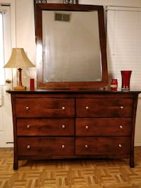 Nice wooden big dresser with big mirror in great c Annandale, 22003