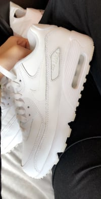 unpaired hvit Nike Air Force 1 lav OSLO