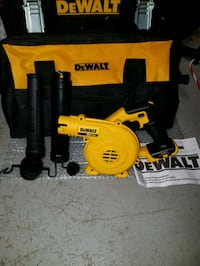 New dewalt 20v MAX leaf blower with large contract Chantilly
