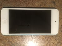 iPod touch 32gb 5th generation. Case has a crack but still fits and stays in iPod. Excellent condition    Chatham-Kent, N0P 2L0