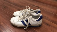 Pair of white-and-blue sketchers retro sneakers  Central Okanagan