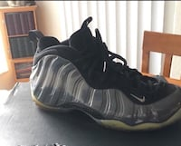 Men Nike Foamposites Sneakers size 10 (Serious buyers Plz) 775 mi