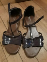 shoes  size  7 /12 Griswold, 06351