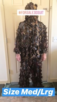 3D hunting suit; Size Med/Lrg NEW CONDITION never used  Waikoloa, 96738