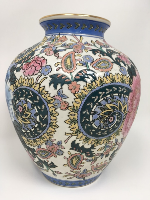 Used Vase By Victoria Morland France Andrea By Sadek For Sale In