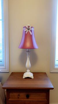 Unique pink and white table lamp Georgina, L0E