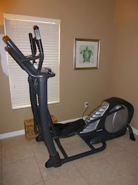 Elliptical Machine Cross Trainer by Smooth Fitness