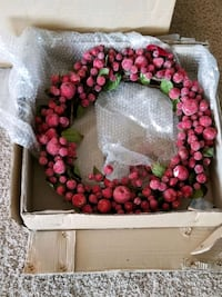 Christmas Holiday Red Berry Wreath