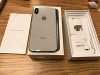 silver iPhone 7 with box Burnaby, V5E