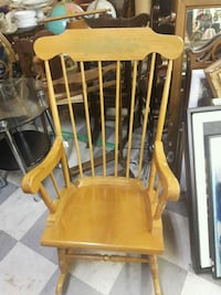 brown wooden windsor rocking chair Simcoe County, L0M