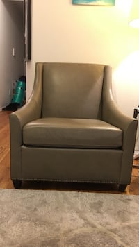 West elm arm chair: stylish and comfortable New York, 10019